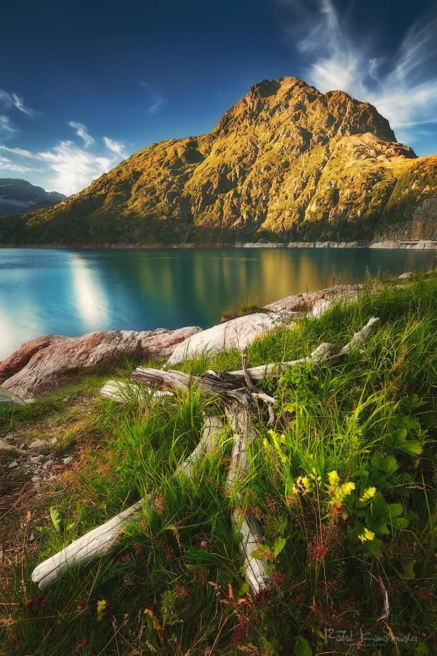 Émosson lake by Rafal Kani