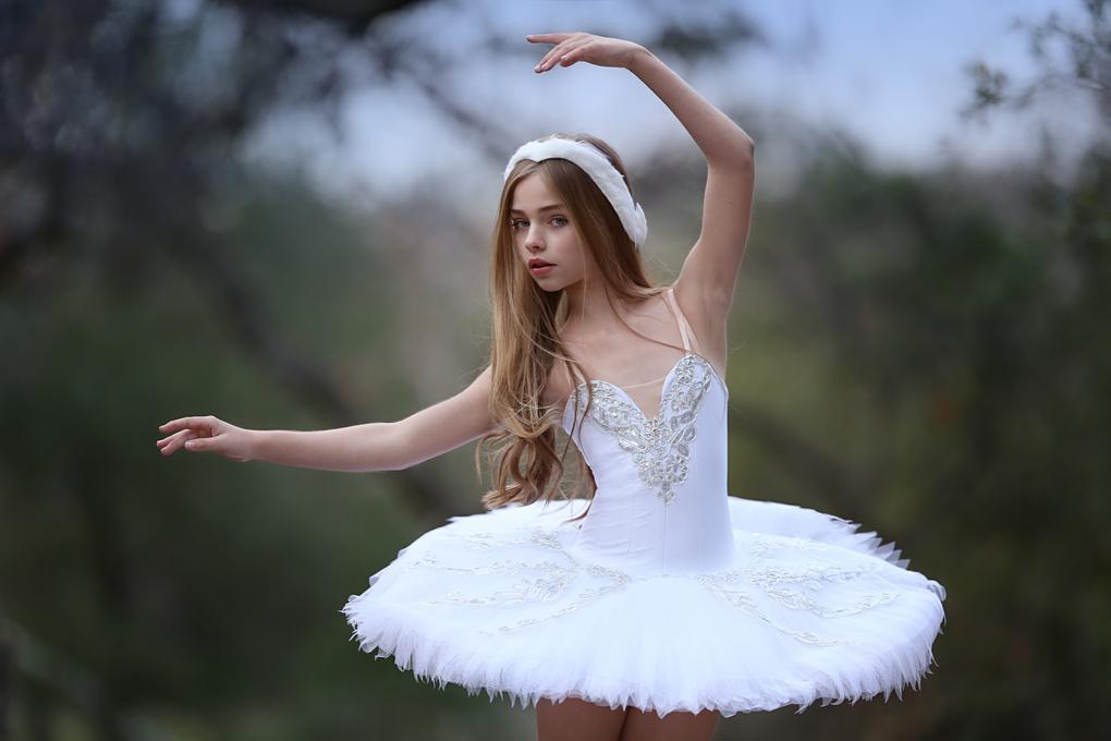 tiny swan by Katie Andelman