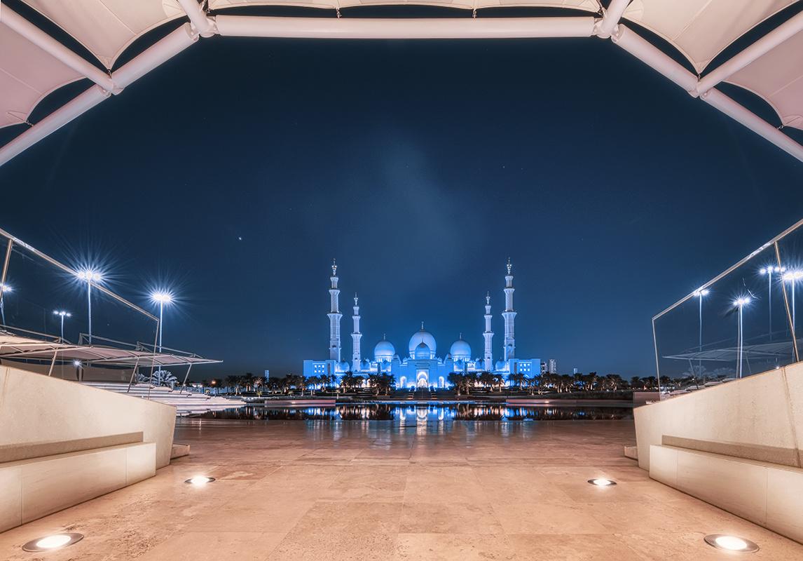 Sheikh Zayed Grand Mosque by Hanaa Turkistani