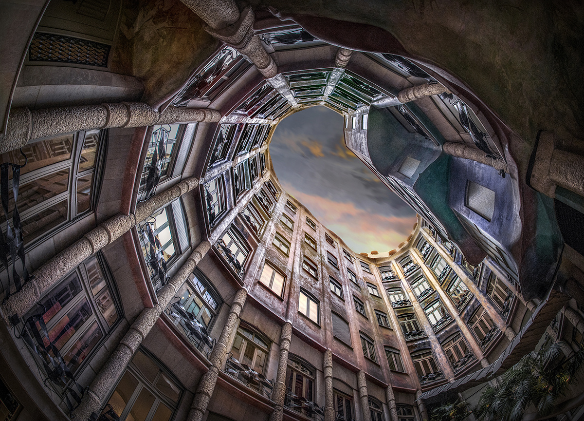 View to up by Hanaa Turkistani