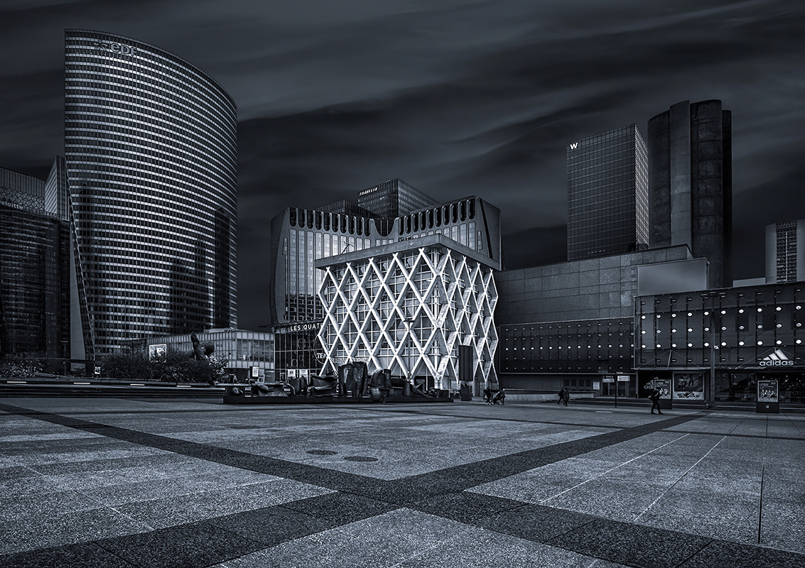 La Defense Paris by Hanaa Turkistani