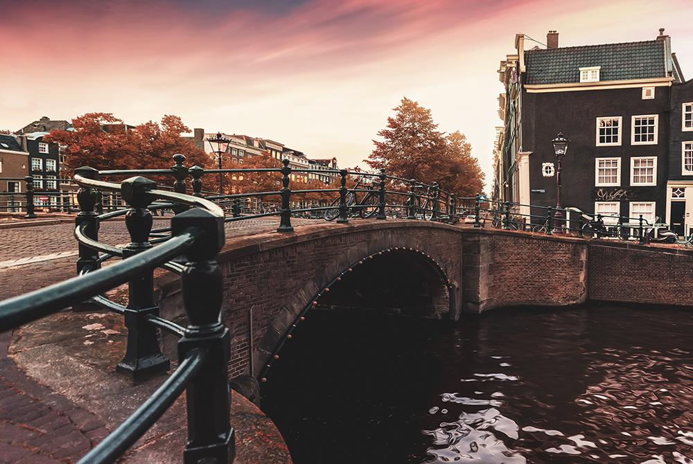 Amsterdam by Hanaa Turkistani