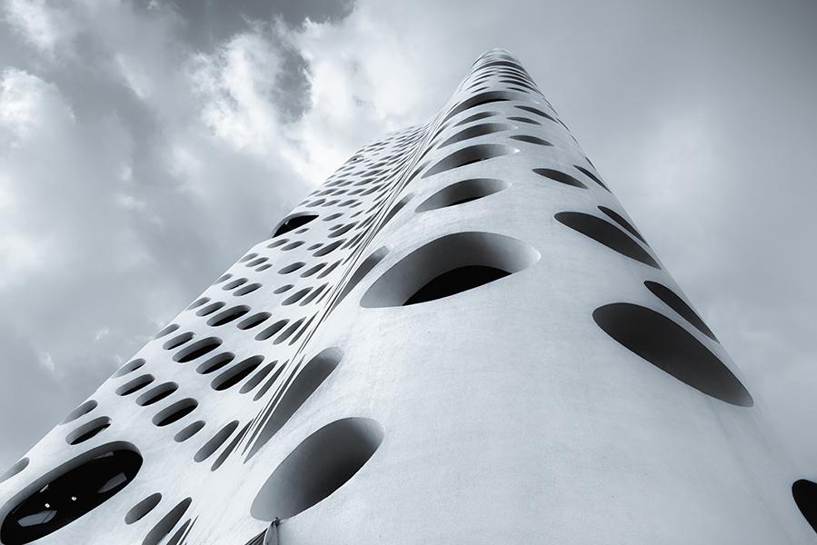 O-14 tower by Hanaa Turkistani