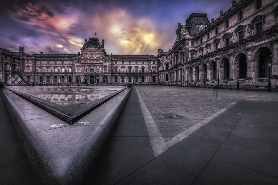 Musee Du Louvre by Hanaa Turkistani