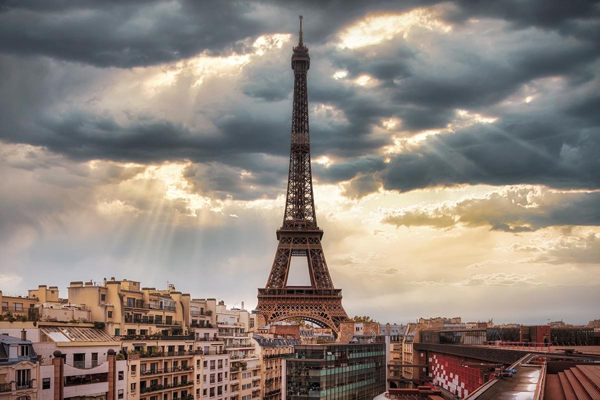 sky of paris by Hanaa Turkistani