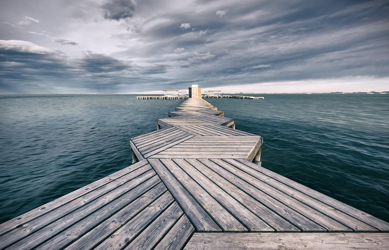 zigzag bridge by Hanaa Turkistani