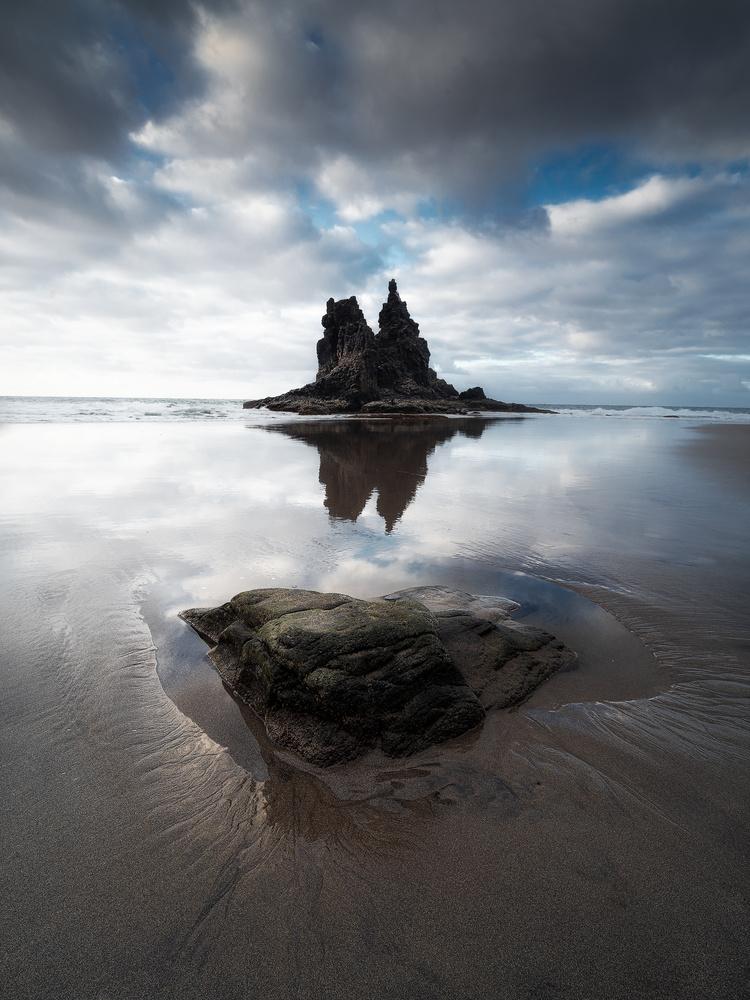Mirror beach by Efren Yanes