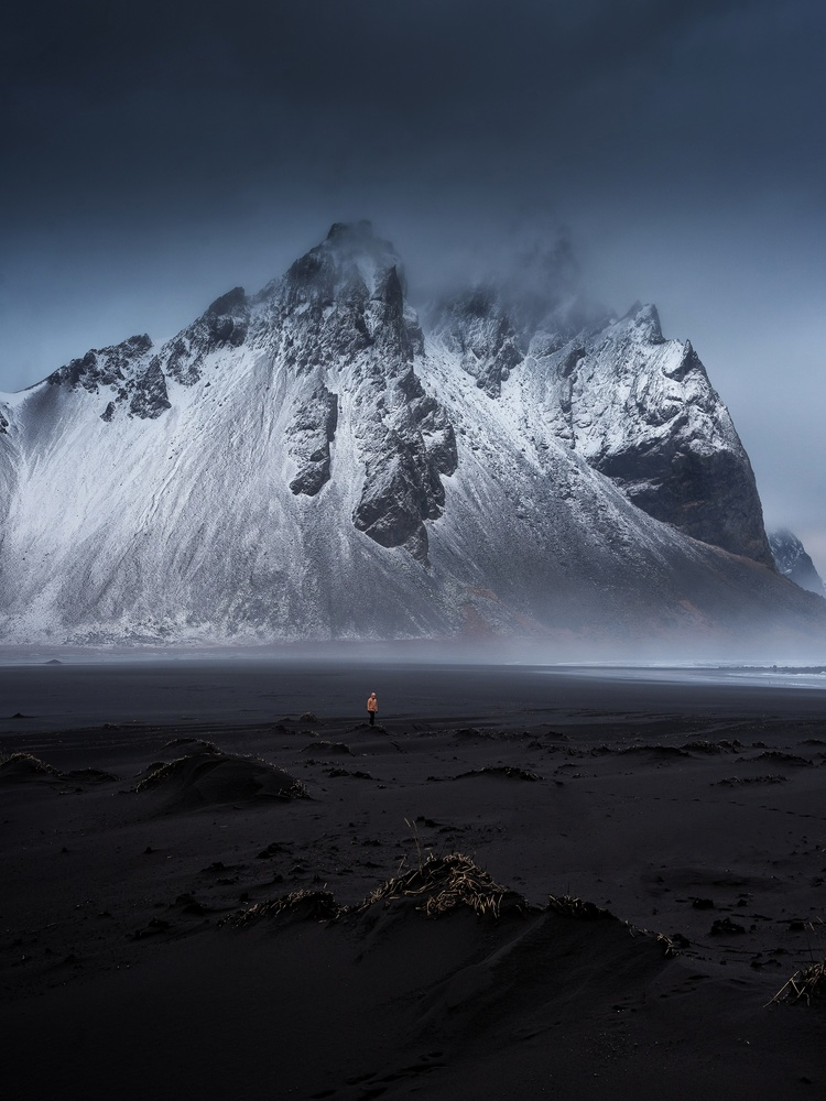 Alone un Stokksnes by Efren Yanes