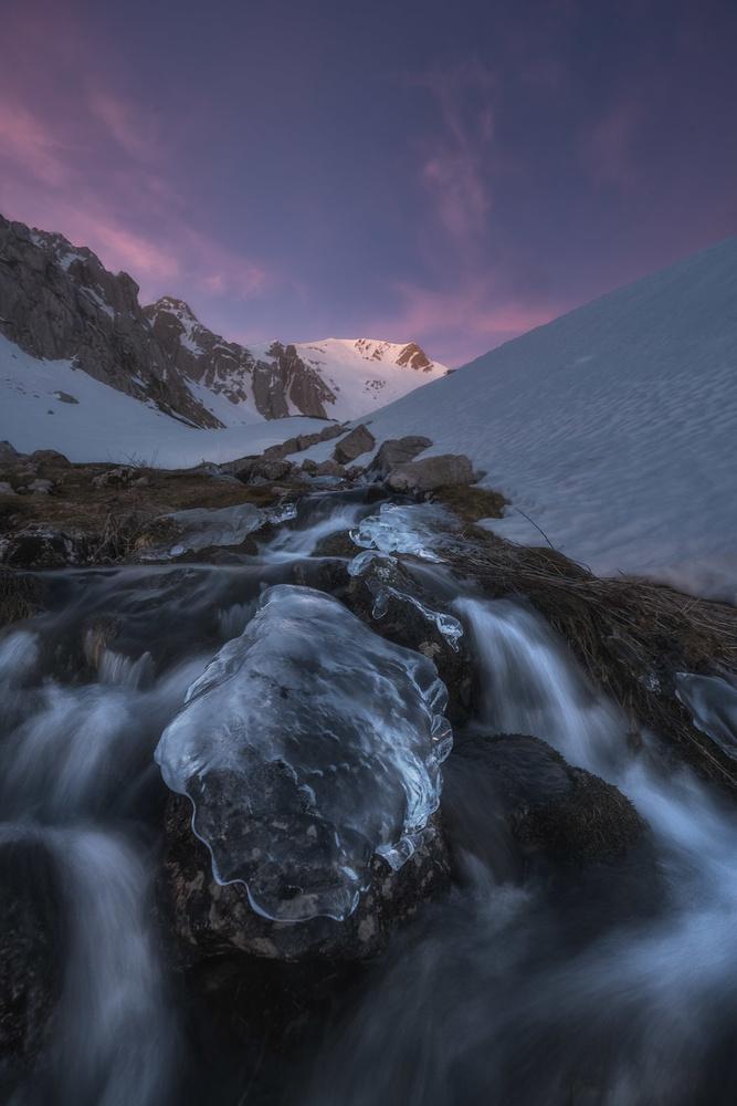 ice stone by carlos gonzalez
