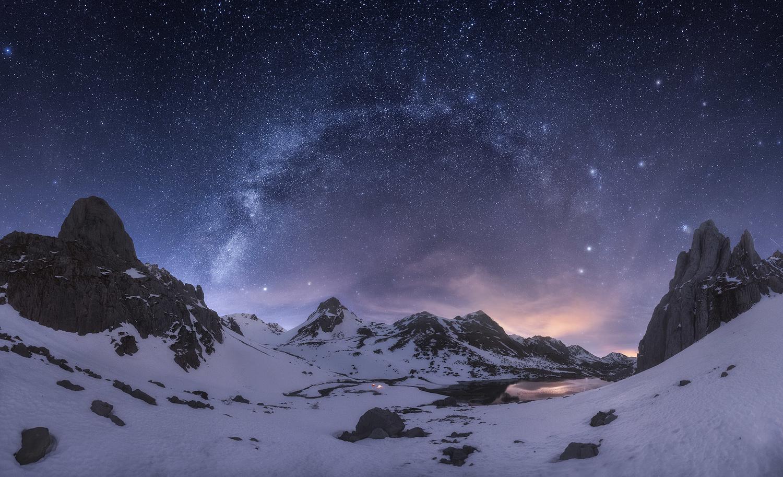 winter starry sky by carlos gonzalez
