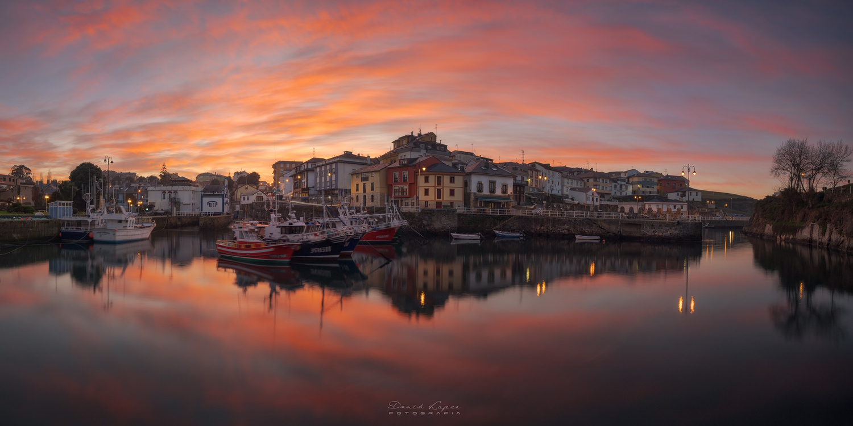 Panoramiv view of Puerto de vega. by David López García