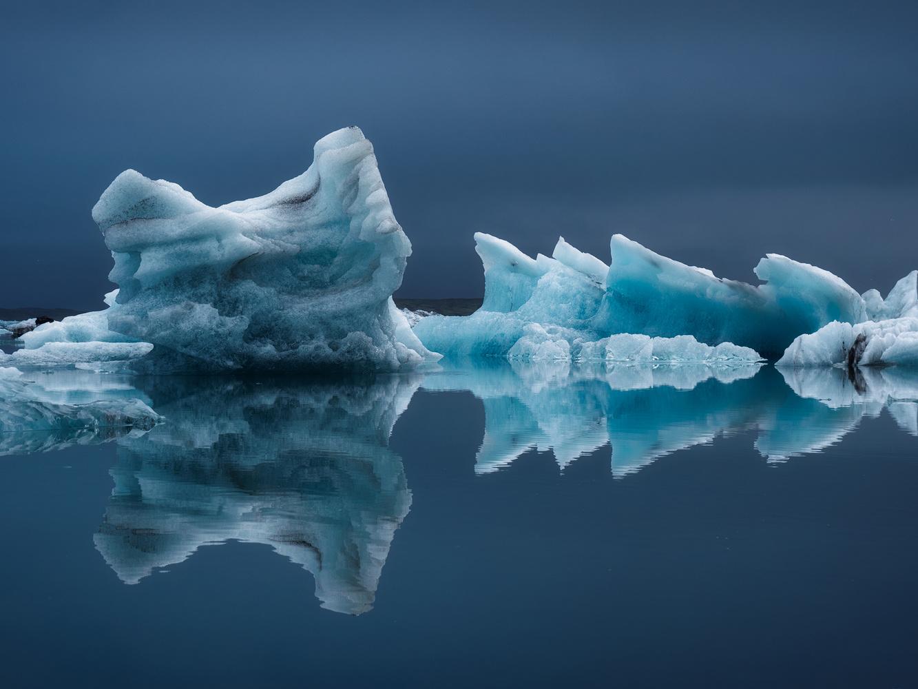 Ice by Alejandro García Bernardo