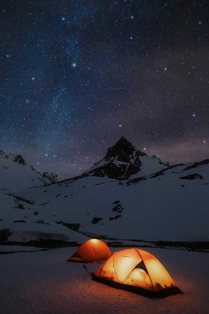 Mountain dreams II by Alejandro García Bernardo