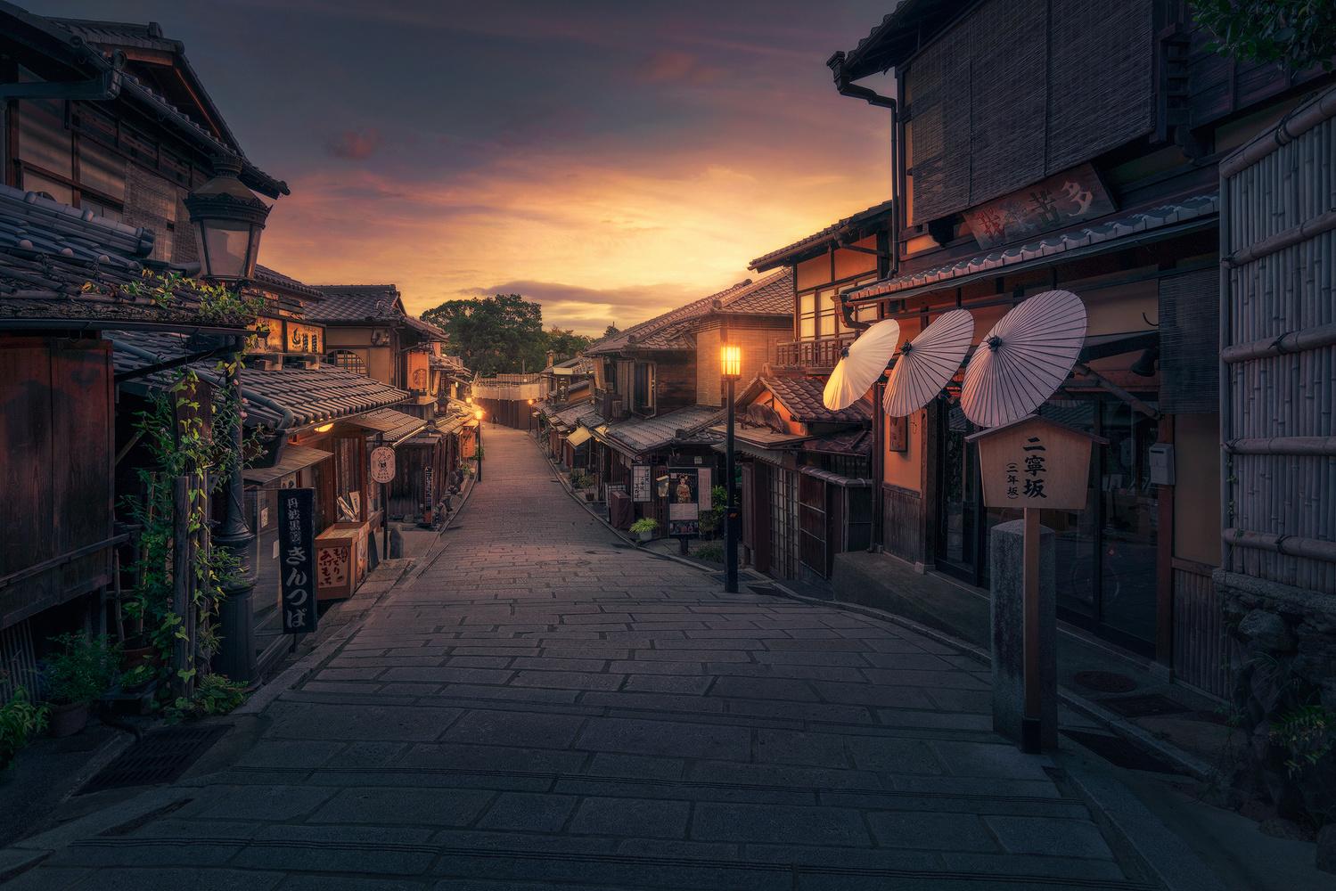 Asian Sunrise by Daniel Viñe Garcia