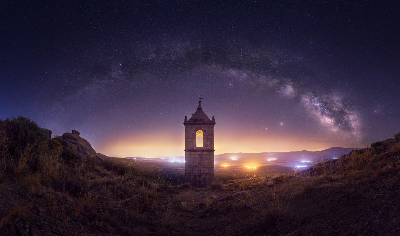 Magic Night by Daniel Viñé