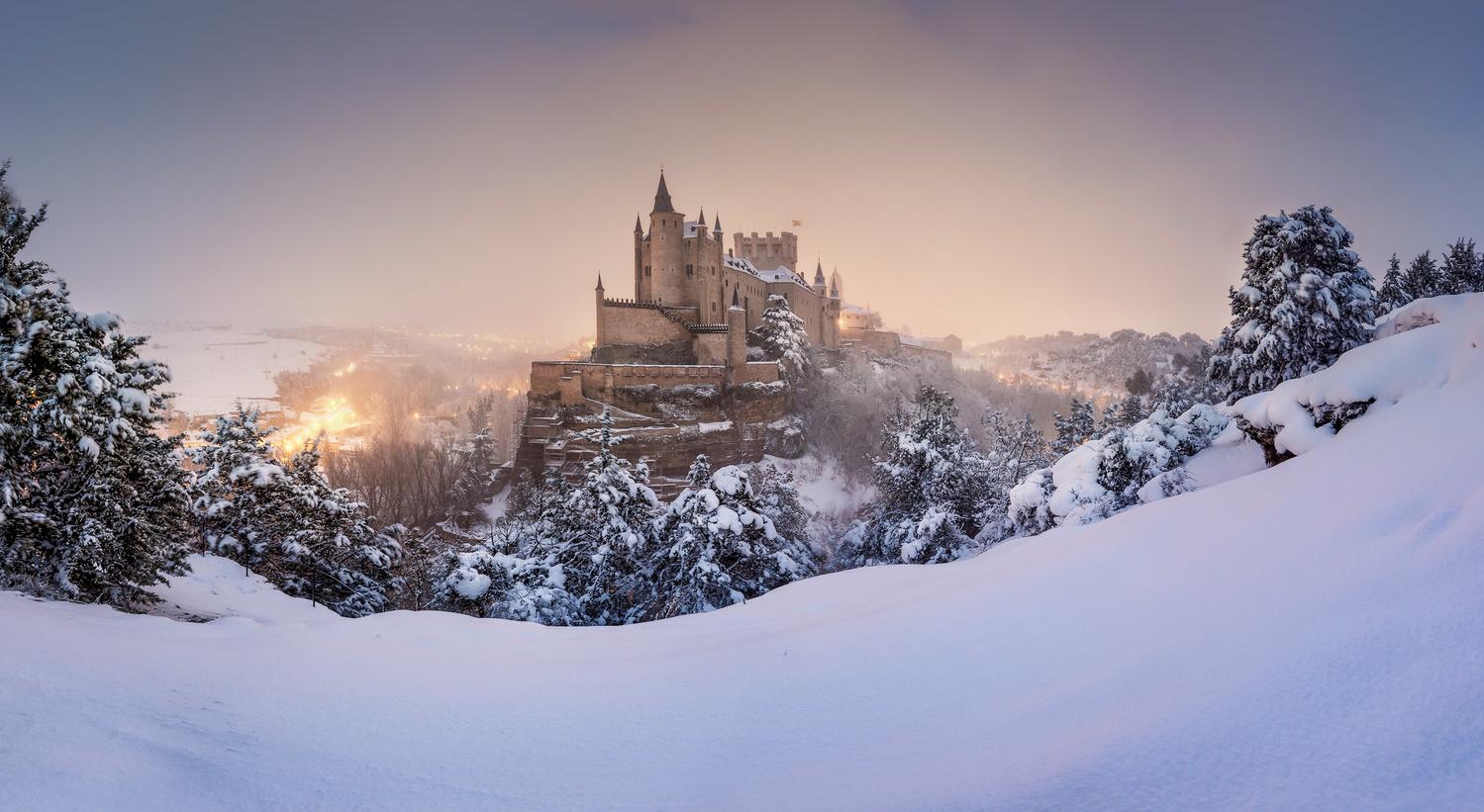 Magic Snow by Daniel Viñé