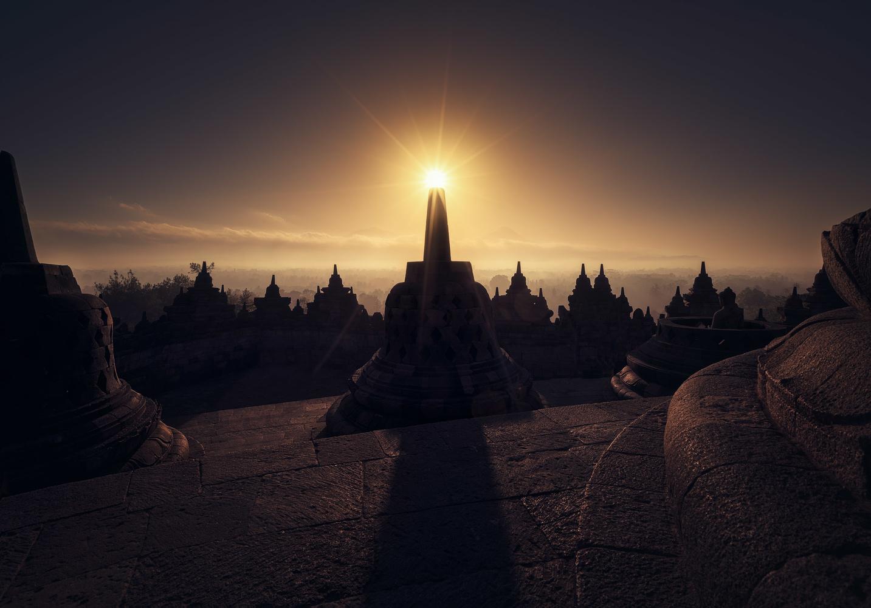 Borobudur Sunrise by Daniel Viñé