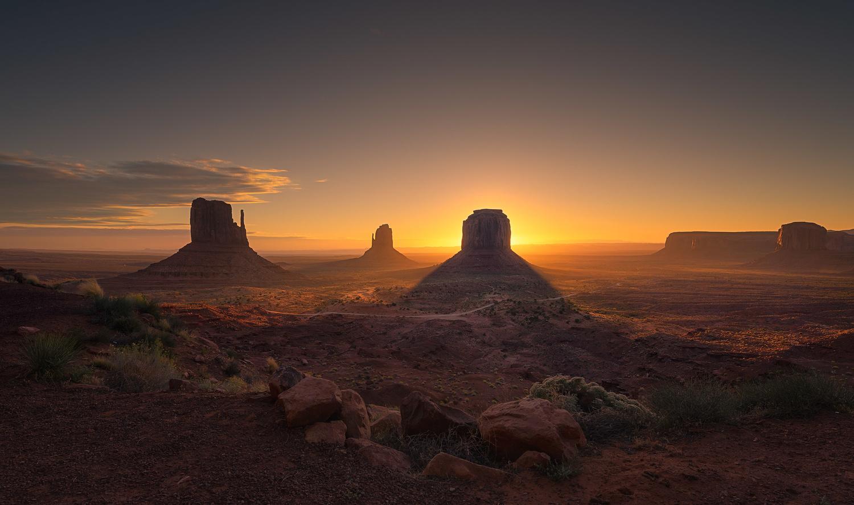 Monument Valley by Daniel Viñé