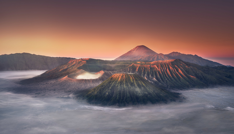 Sunrise over Bromo by Daniel Viñé