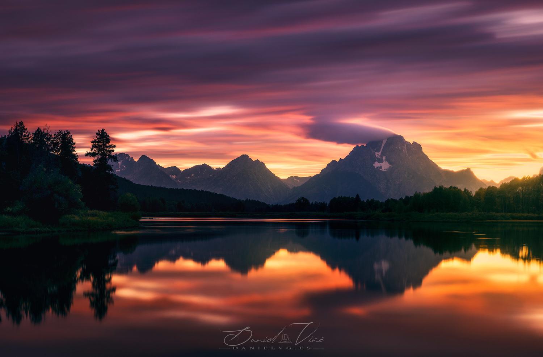 Lights over Grand Teton by Daniel Viñé