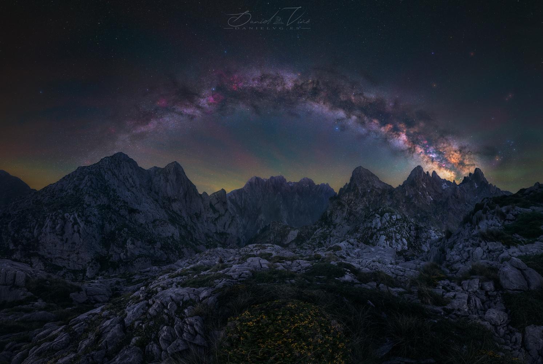 Look at the stars by Daniel Viñé