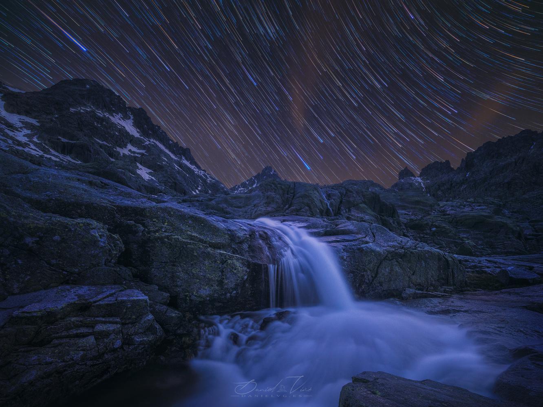 Circle of stars by Daniel Viñé