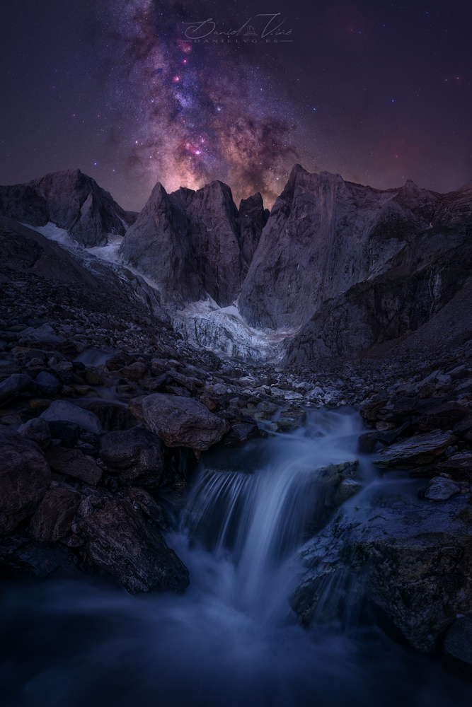 Magic Waterfall II by Daniel Viñé