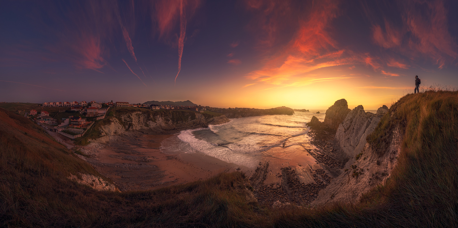 Los Urros, panorama, Spain. by Daniel Viñé