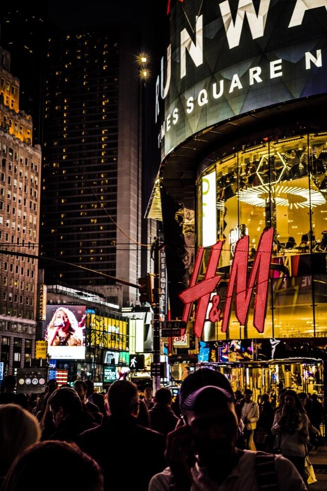 Fantasy In Times Square by shaun jordan