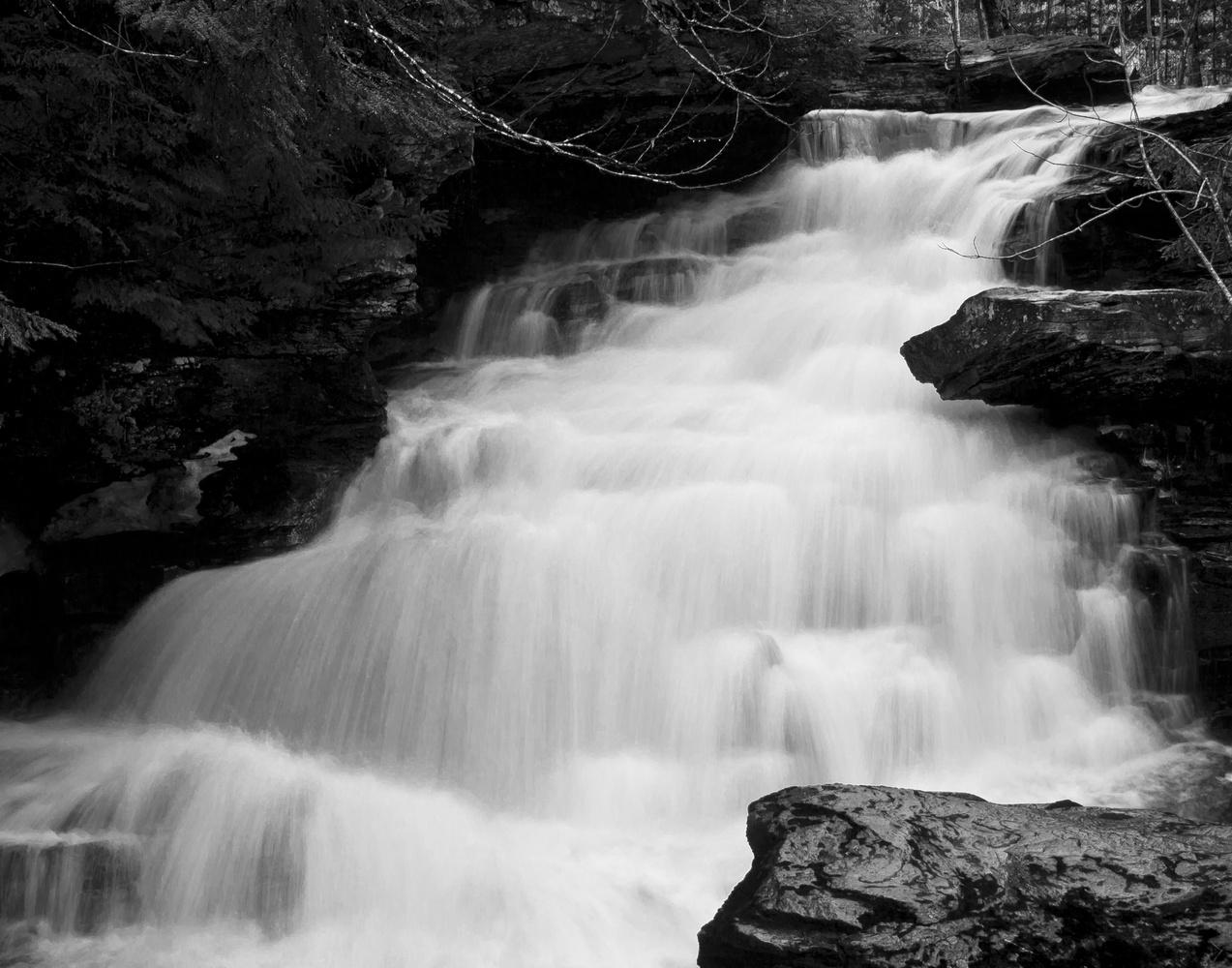 Garden Creek Falls by James Jewers