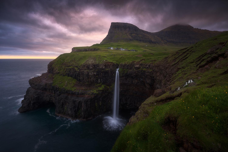 Faroe islands by Pablo Ruiz Garcia