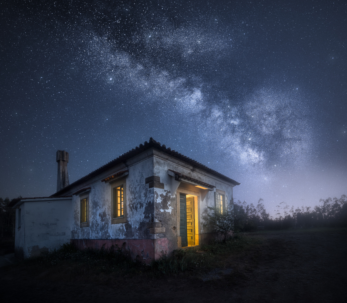 The Old House by Tiago Marques