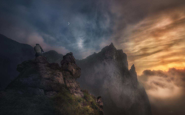 In the fog by Rubén Vela Martín