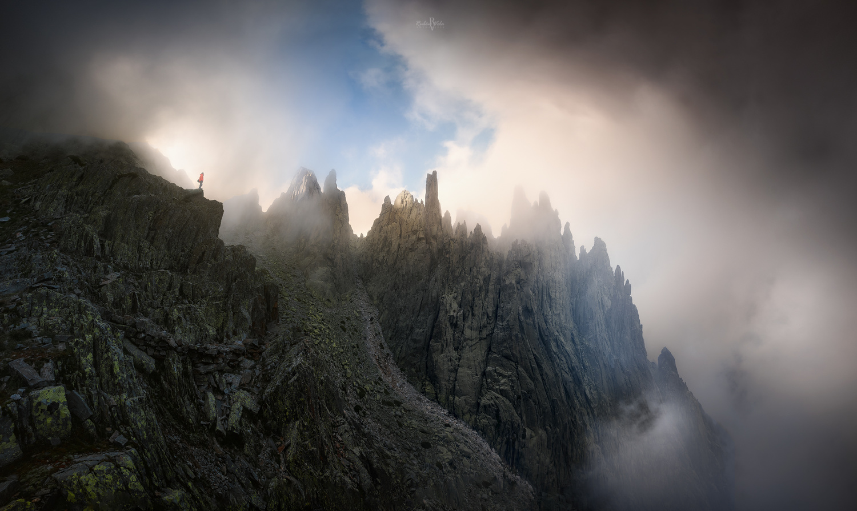 Light storm by Rubén Vela Martín