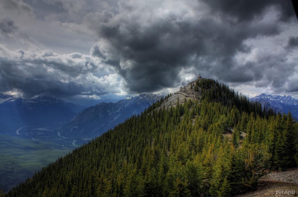 HDR Sulphur Mountain by Alexandro Lacadena