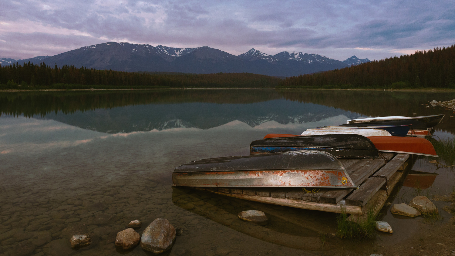 Blue hour, Patricia Lake by Thomas Wragg