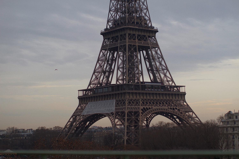 Paris by Ricardo Castelin
