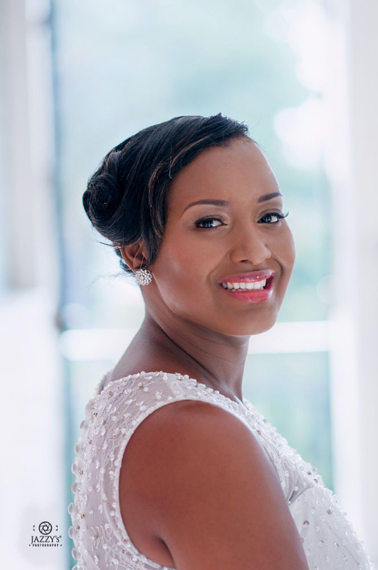 Gorgeous bride by JAZZY's Photography®