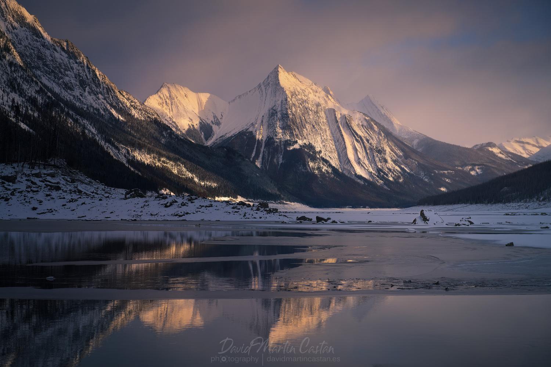 Maligne Lake by David Martin Castan