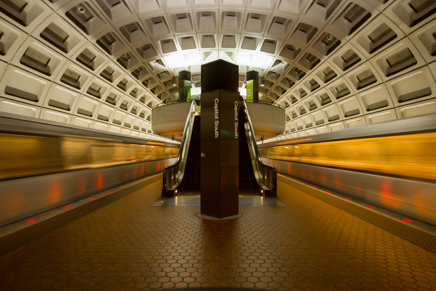 Capitol South Metro Motion by Stephan George