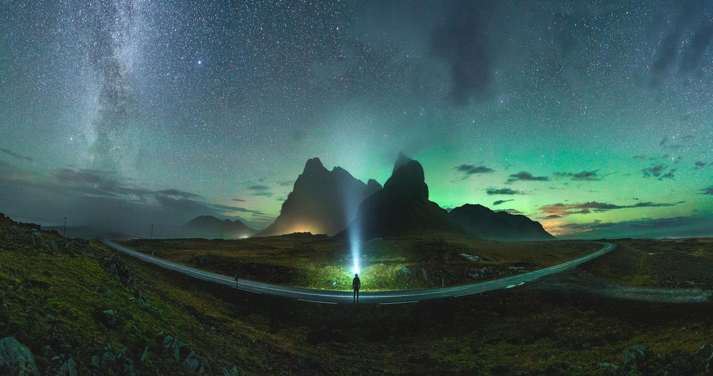 Green curve by Fabian Pfeifhofer