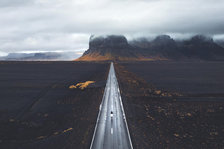 Follow the line by Fabian Pfeifhofer