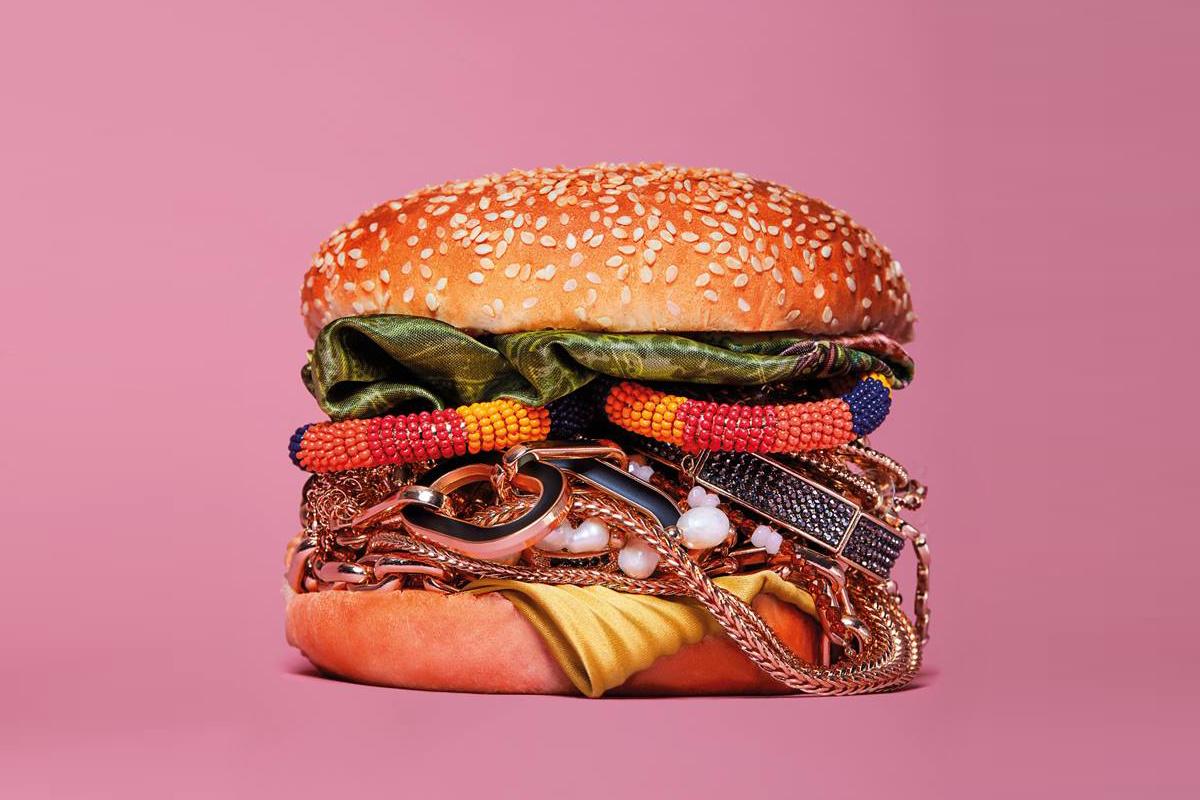 Hamburger by Rui Bandeira