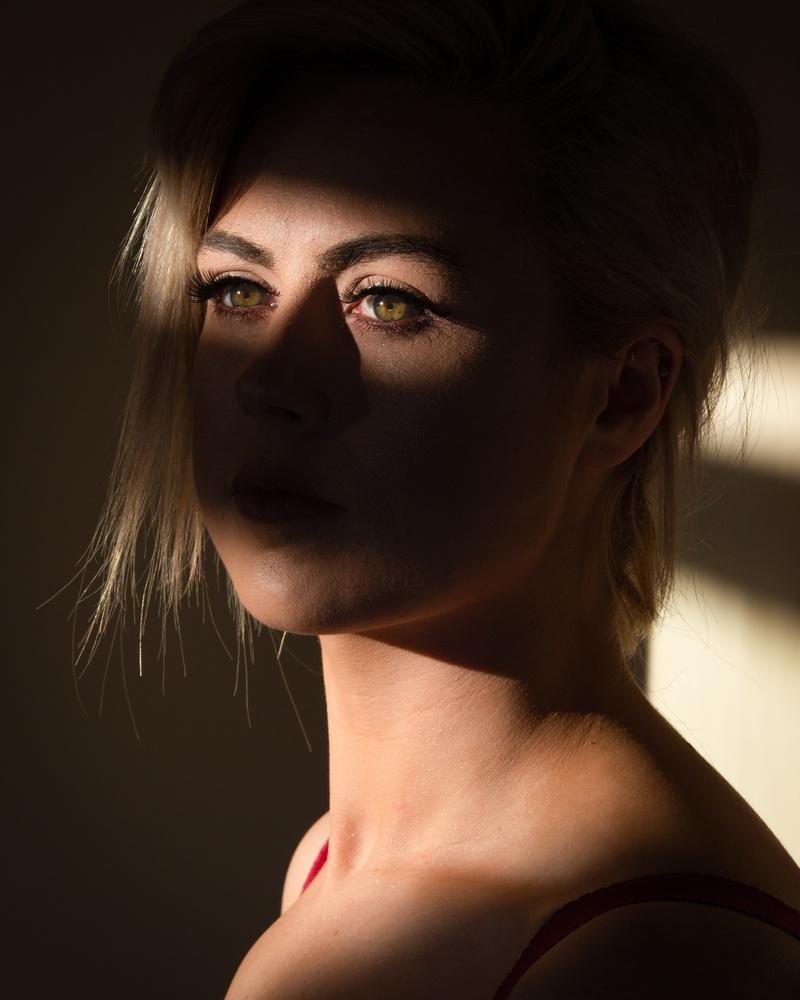 In her eyes by David Albutt