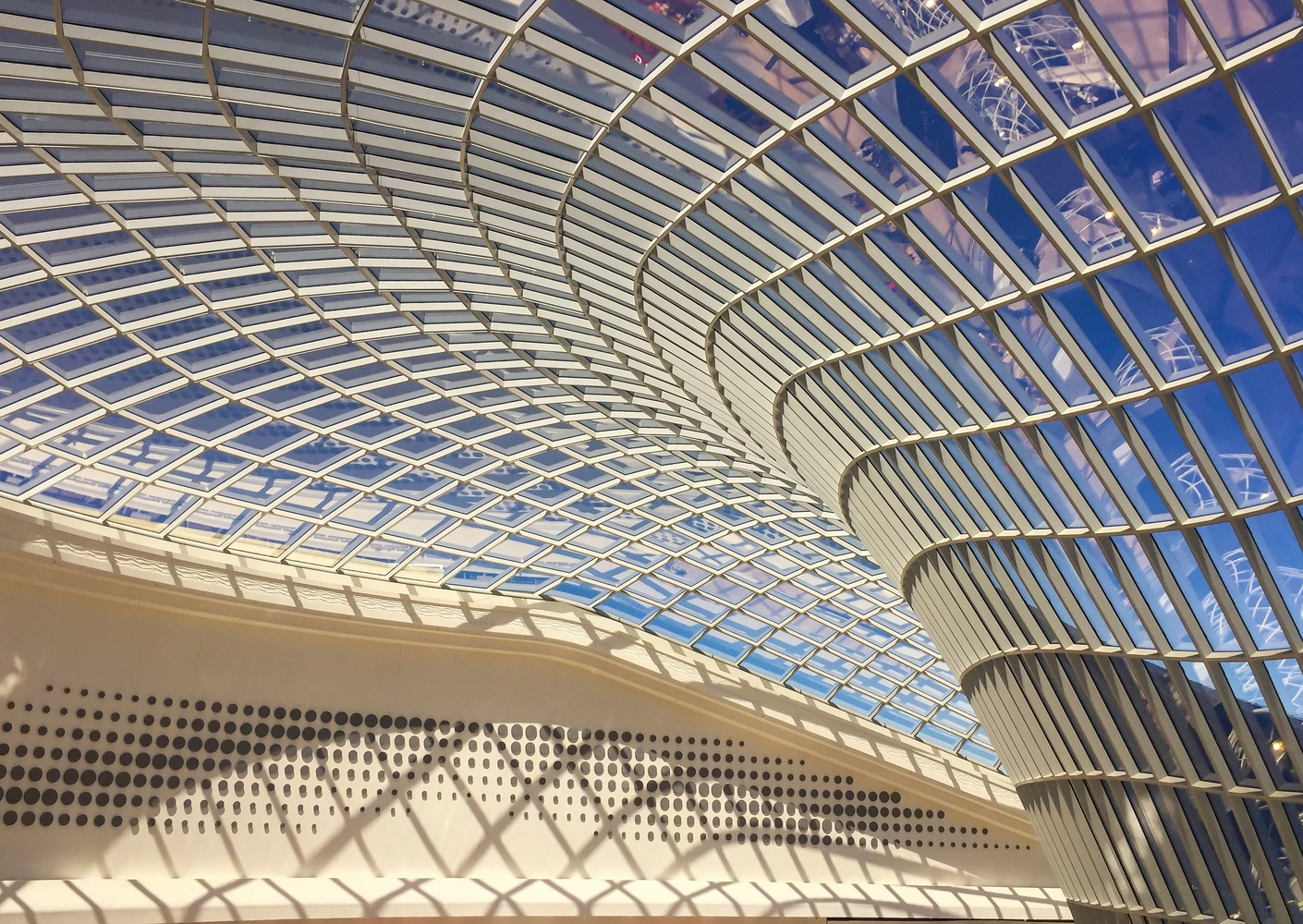 Ceiling construction @ Chadstone Shopping Centre, Melbourne by Marian Pollock