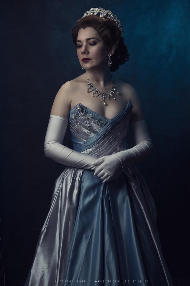 The Queen II by Alexandra Brumley