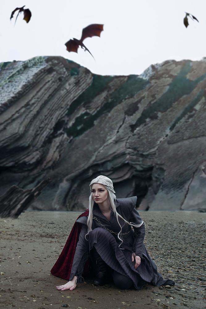 Targaryen by Alexandra Brumley