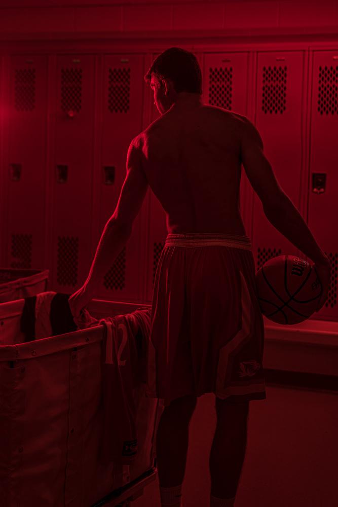 Senior basketball image by Dan Rowe