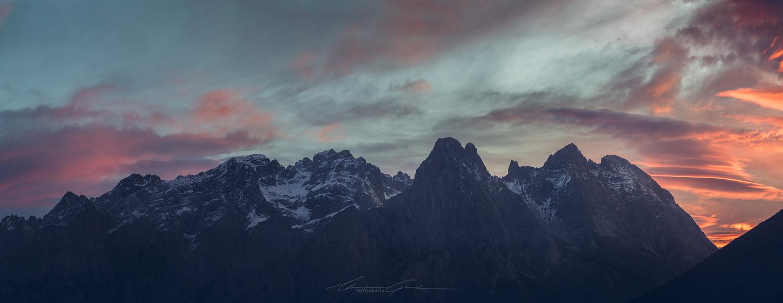 Valdeon Sunrise by Manu García
