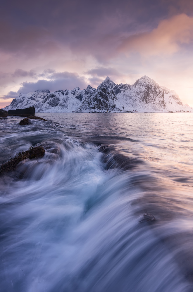 Into the Arctic Seas by Hugo Valle